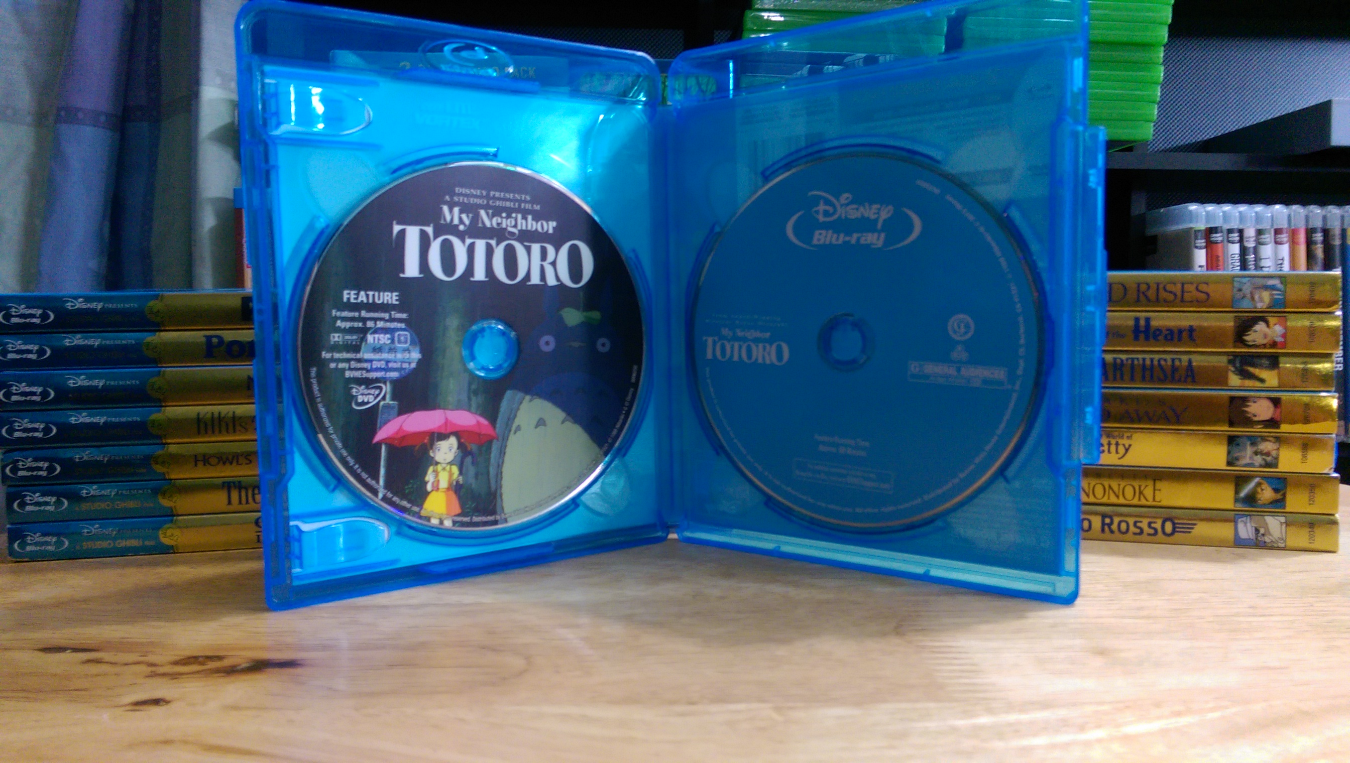 My Neighbor Totoro Blu Ray: My Neighbor Totoro